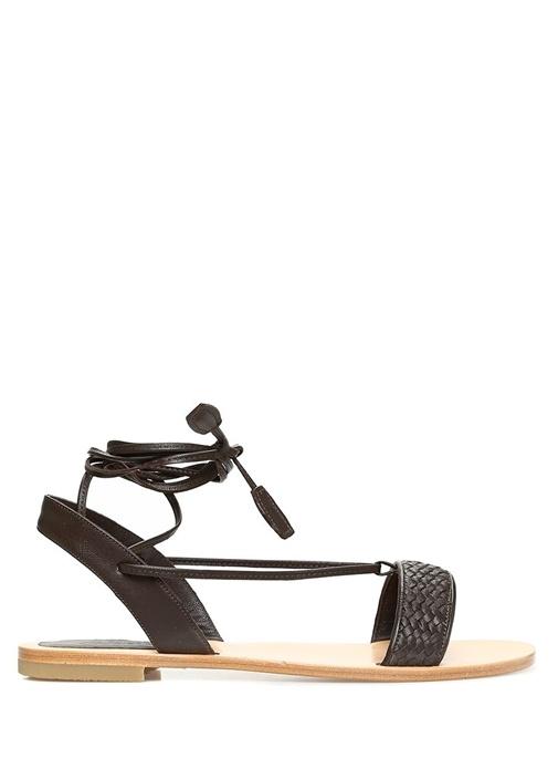 Kahverengi Bağlama Detaylı Kadın Deri Sandalet