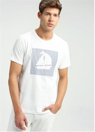 Beyaz Bisiklet Yaka Gemi Baskılı Basic T-shirt