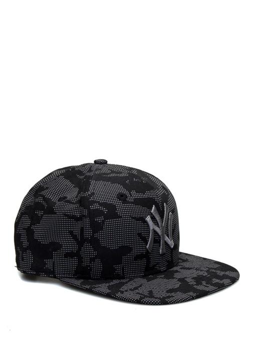 Siyah Kamuflaj Desenli Logo İşlemeli Erkek Şapka