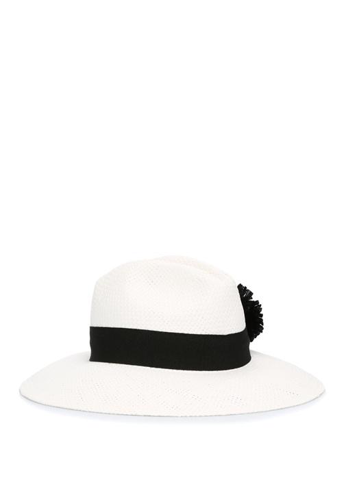 Beyaz Ponpon Detaylı Kadın Şapka