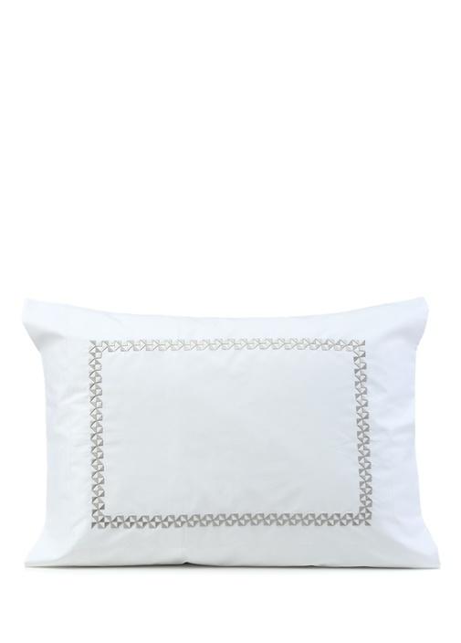 Arnavutköy Beyaz Desenli Mini Yastık Kılıfı