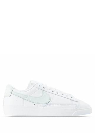 Nike Kadın Blazer Low Beyaz Sneaker 7.5 US Ürün Resmi