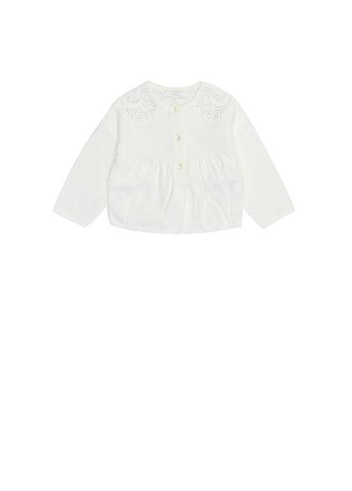 Beyaz Dantel Detaylı Kız Bebek Hırka