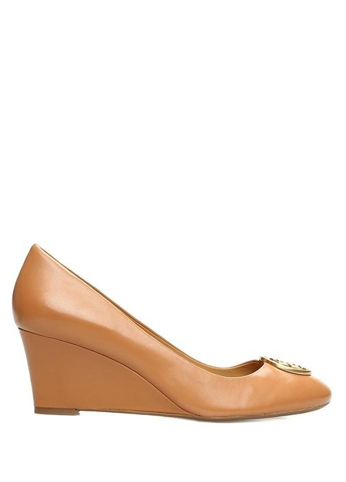 Chelsea Taba Gold Logolu Topuklu Ayakkabı