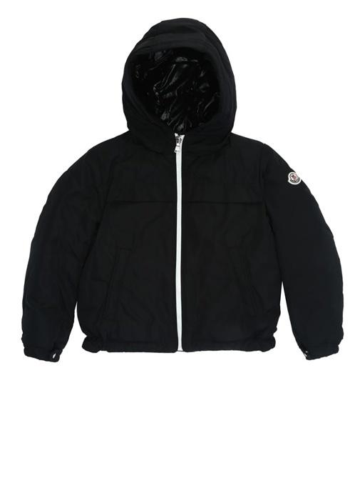 Siyah Kapüşonlu Logolu Erkek Çocuk Mont