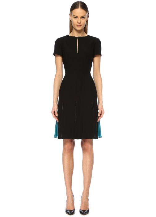 Siyah Renkli Şifon Garnili Pileli Mini Elbise