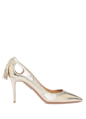 Seç ve güzel topuklu ayakkabılar giy