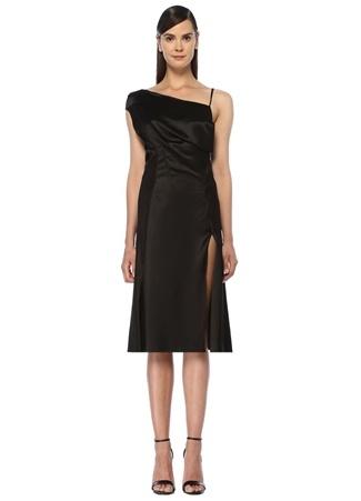 c971f23b837cf Siyah Asimetrik Askılı Drapeli Midi Saten Elbise