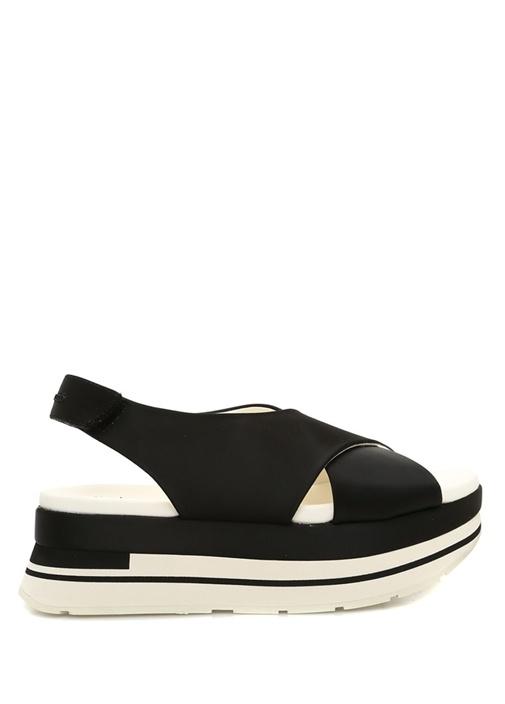Gelama Siyah Çapraz Bantlı Kadın Sandalet
