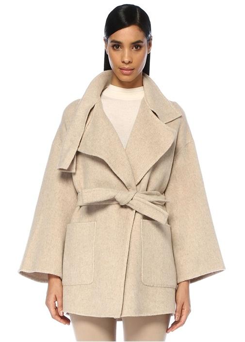 Bej Şal Yaka Düşük Kol Yün Palto