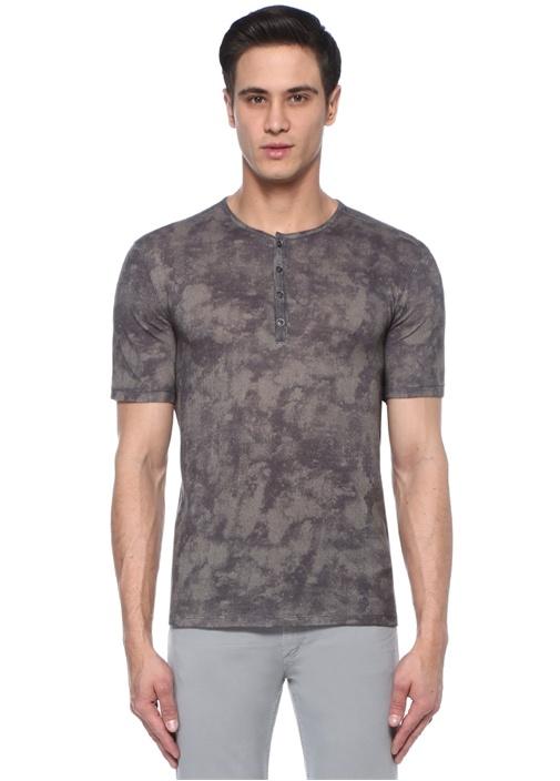 Yeşil Yakası Düğmeli Batik Desenli Basic T-shirt