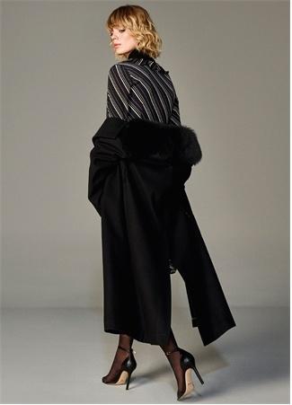 Beymen Collection Kadın Siyah Suni Kürk Yaka Detaylı Kuşaklı Yün Palto 46