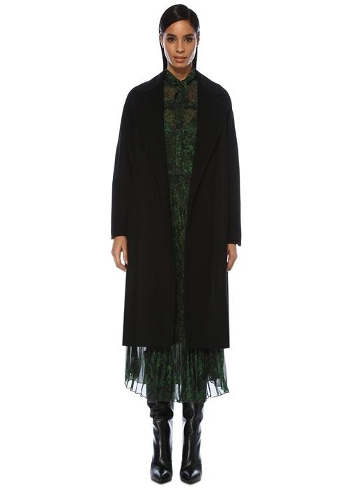Siyah Kelebek Yaka Klasik Palto