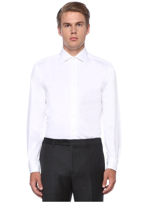Beyaz Kesik Yaka Gömlek