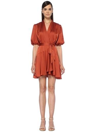 e82ef9e12a2d2 Kiremit Şal Yaka Mini Saten Anvelop Elbise
