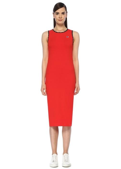 Kırmızı Logolu Biye Detaylı Midi Boy Elbise