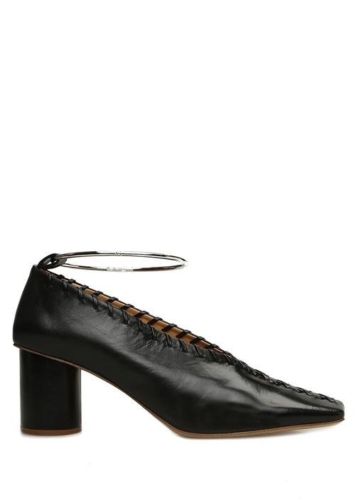 Siyah Çapraz Örgü Detaylı Deri Topuklu Ayakkabı