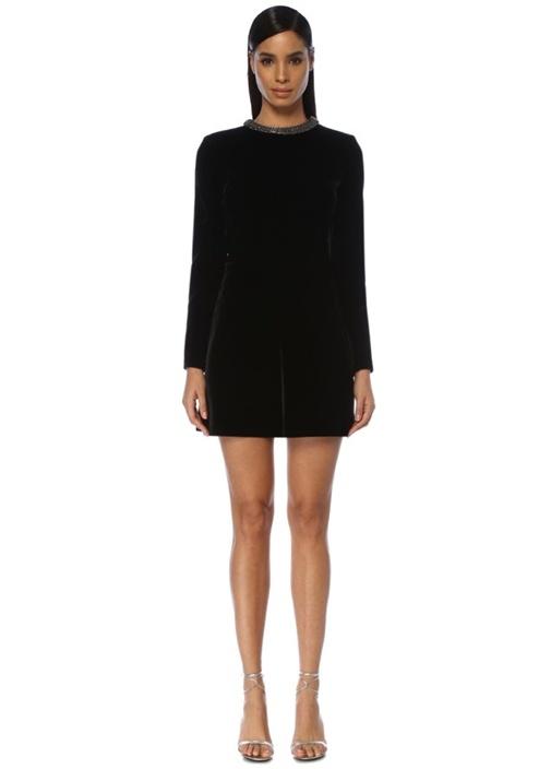 Siyah Arkası Kalp Kesim Detaylı Mini Kadife Elbise