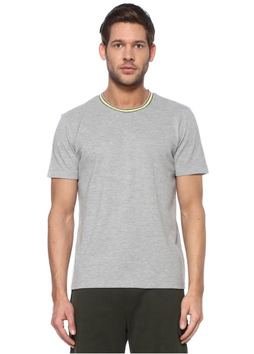 Gri Çizgili Yakalı T-shirt