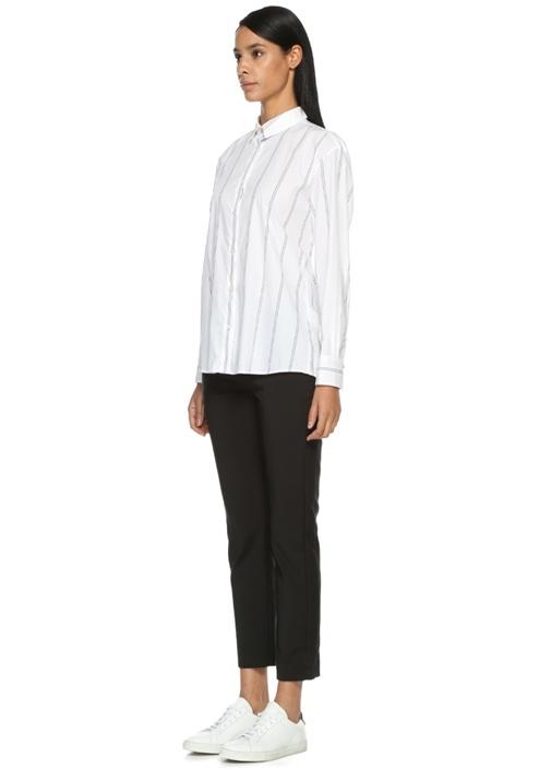 Beyaz İngiliz Yaka Çizgili Gömlek