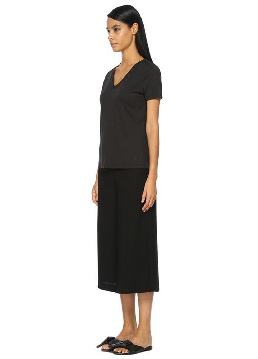 Siyah V Yaka Basic Tshirt