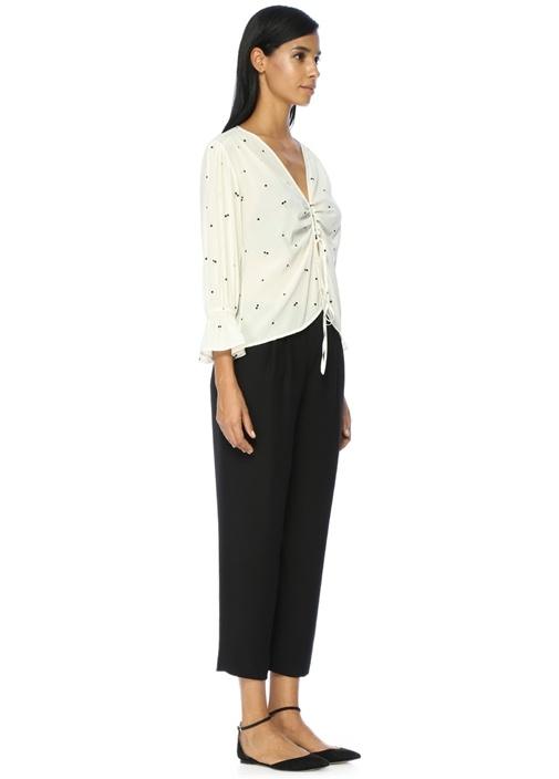 V Yaka Kiraz Desenli Beyaz İpek Bluz