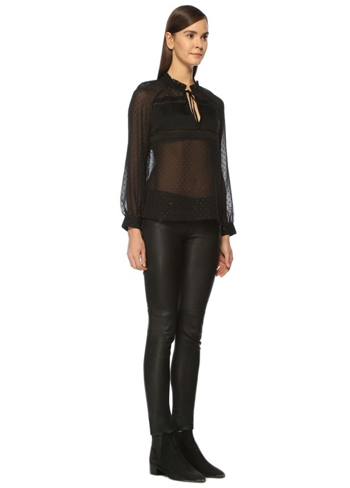 Veda Yaka Detaylı Siyah Bluz