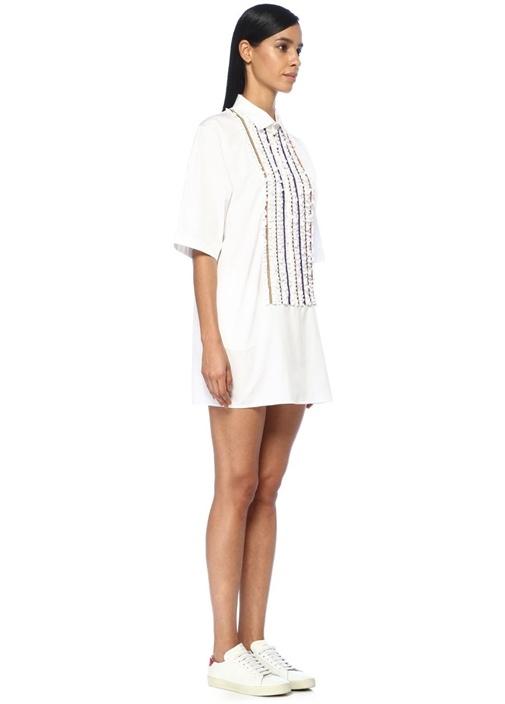 Beyaz Fırfırlı Boncuk İşlemeli Mini Elbise