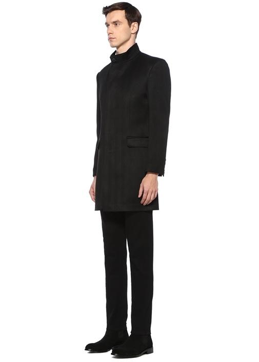 Siyah Dik Yaka Balıksırtı Dokulu Yün Palto