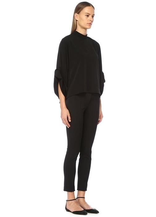 Siyah Dik Yaka Kolları Düğmeli Bol Bluz