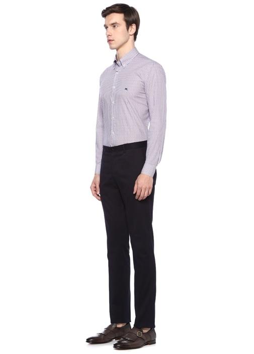 Beyaz Pembe Düğmeli Yaka Desenli Gömlek