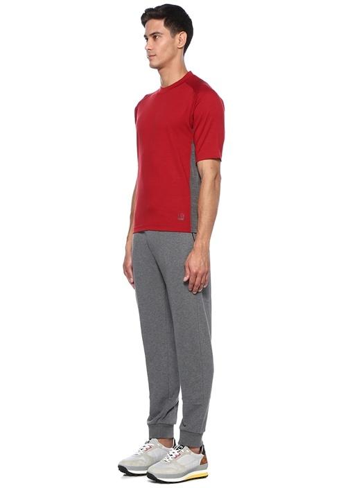 Kırmızı Şerit Detaylı Yün T-shirt