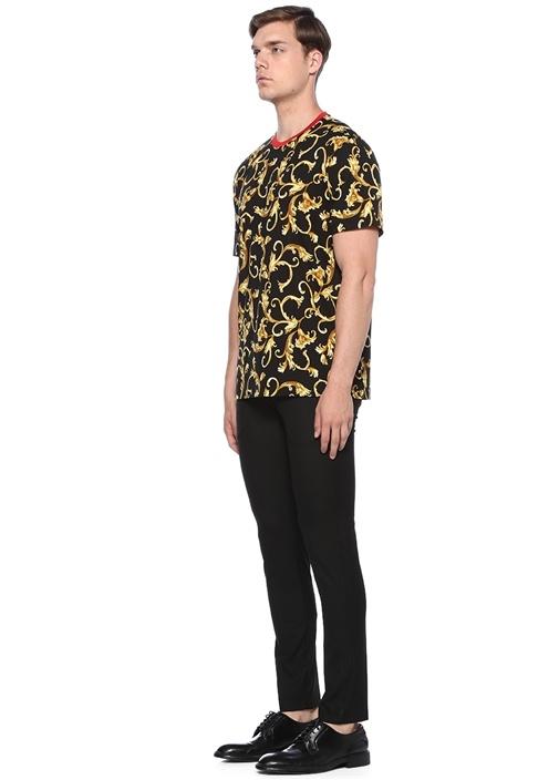 Regular Fit Siyah Gold Baskılı Basic T-shirt