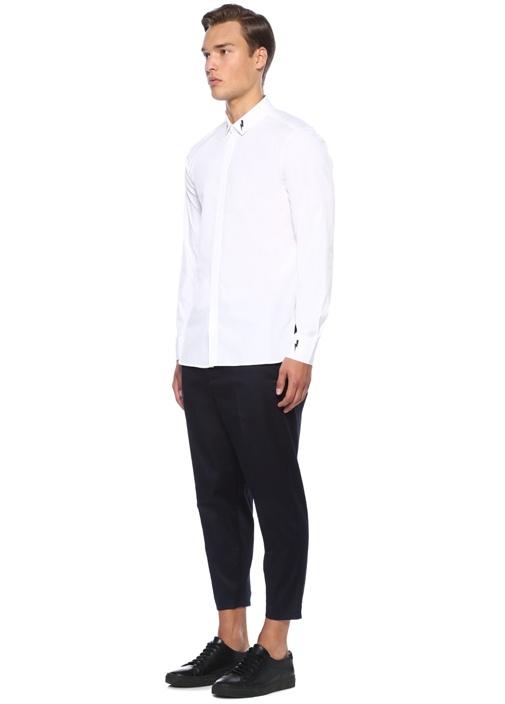 Beyaz İngiliz Yaka Şimşek Baskılı Gömlek
