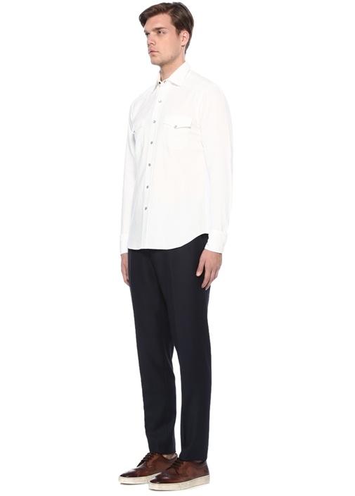 Beyaz İngiliz Yaka Cepli Gömlek