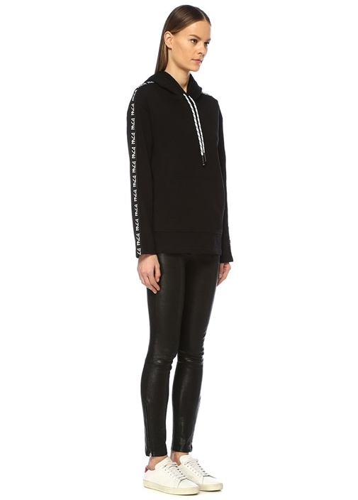 Siyah Kapüşonlu Kolları Logolu Sweatshirt
