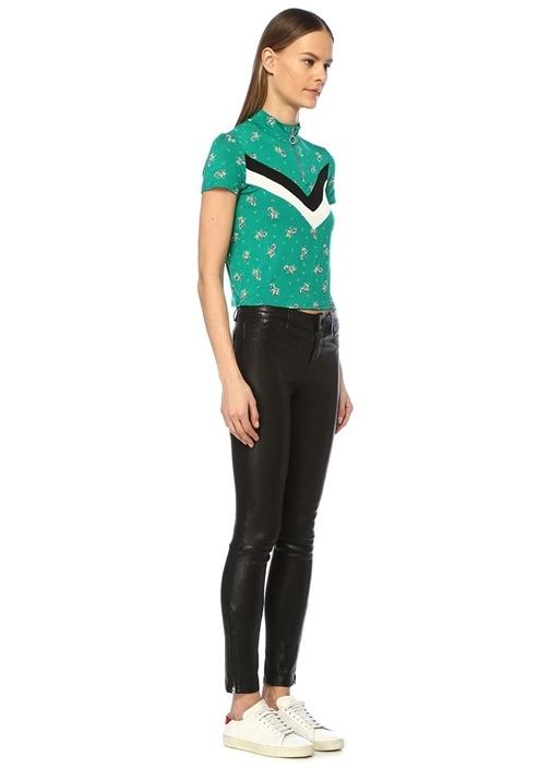 Yeşil Dik Yaka Çiçekli Kontrast ŞeritliT-shirt