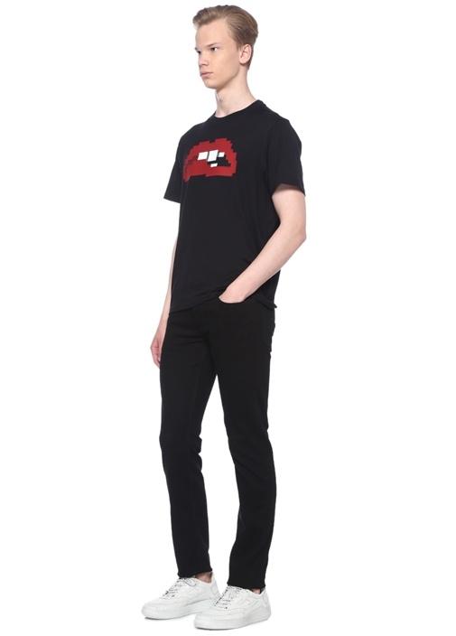 Anticipation Siyah Kabartmalı Dudak Baskılı Tshirt