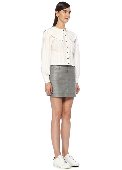 Beyaz Fırfırlı Geniş Yaka Crop Gömlek