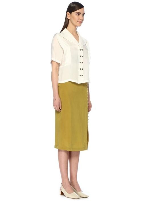 Beyaz Şal Yaka Pile Detaylı Yarım Kol Gömlek