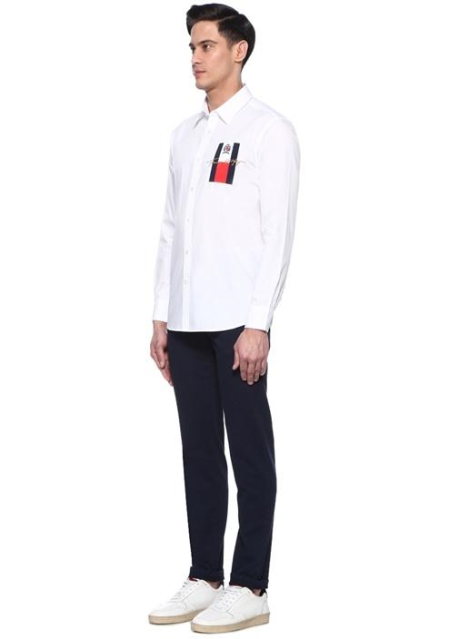 Beyaz Logo Patchli İngiliz Yaka Gömlek