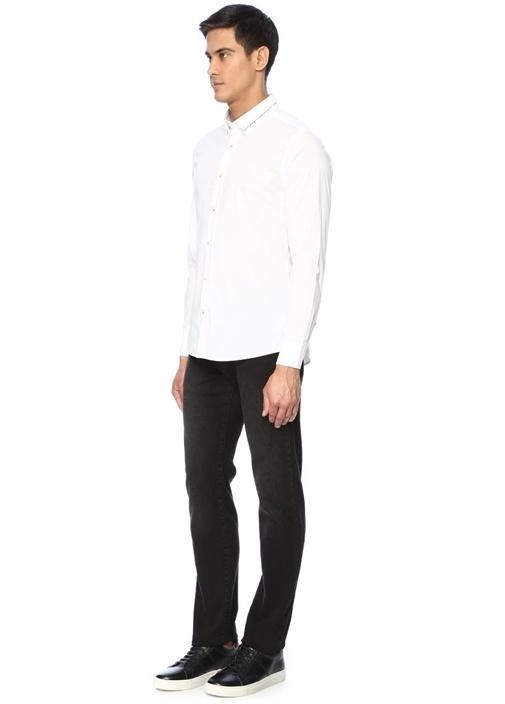 Slim Fit Beyaz Yakası Baskılı Gömlek