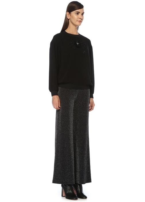 Siyah İşleme Detaylı Krep Sweatshirt