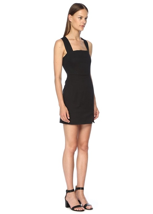 Destination Siyah Sırtı Çapraz Askılı Mini Elbise