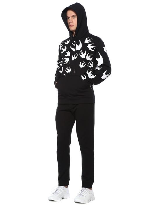 Siyah Kapüşonlu Kırlangıç Baskılı Sweatshirt