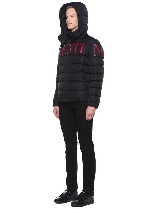 Siyah Kırmızı Logo Baskılı Kapüşonlu Puff Mont