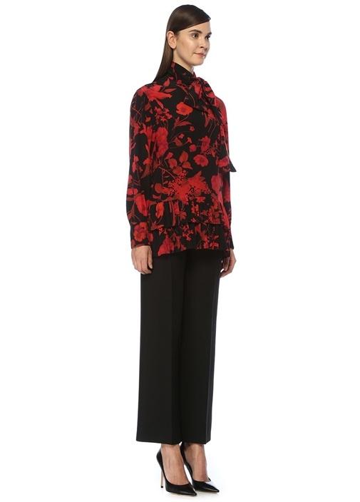 Kırmızı Siyah Yakası Bağlı Ucu Pileli İpek Bluz