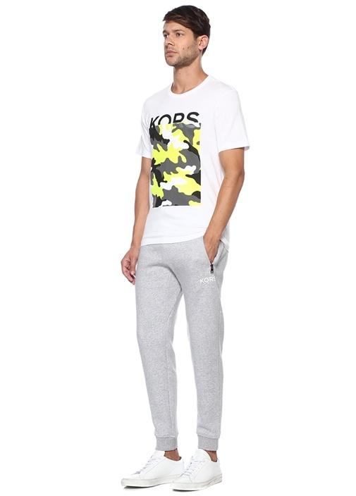 Beyaz Kamuflaj Desen Detaylı Logolu T-shirt