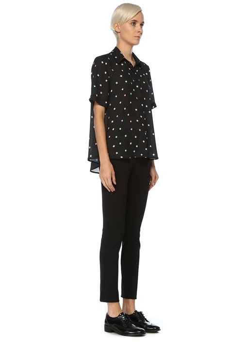 Siyah Yıldız Desenli Kısa Kol Gömlek
