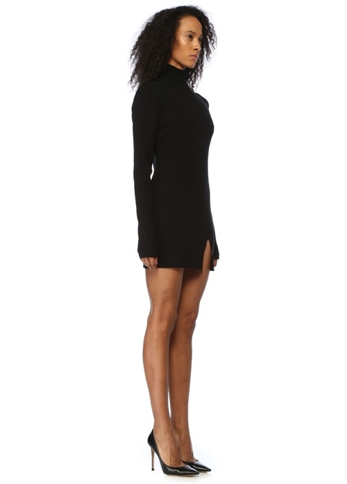 Siyah Dik Yaka Uzun Kol Mini Triko Elbise